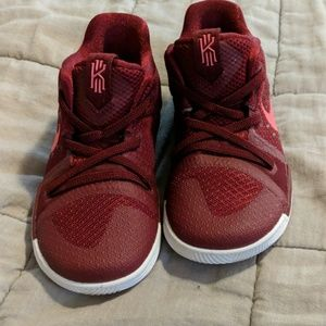 Boys size 9C new never worn Kyrie Irving sneakers